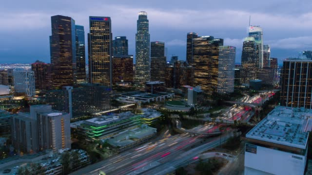 downtown los angeles aerial time lapse day to night - day to night time lapse stock videos & royalty-free footage