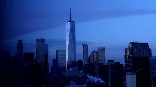 vídeos de stock e filmes b-roll de downtown manhattan skyline - world trade center manhattan