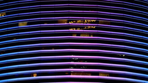 vídeos y material grabado en eventos de stock de luces del edificio del centro de miami - miami