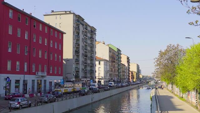 downtown milan / milan, italy - 行人路 個影片檔及 b 捲影像