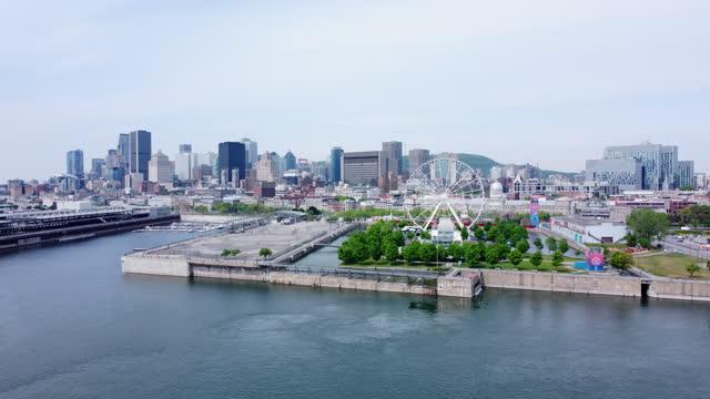vídeos y material grabado en eventos de stock de el centro de montreal cityscape vista aérea y el río san lorenzo en verano - vieux montréal