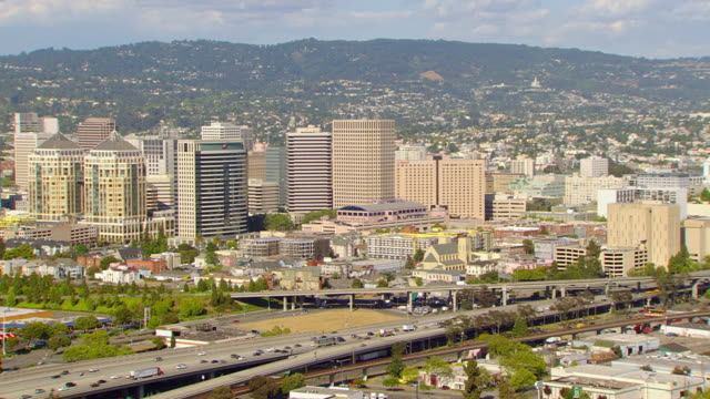 ws zo aerial downtown / oakland, california, united states - oakland california stock videos & royalty-free footage