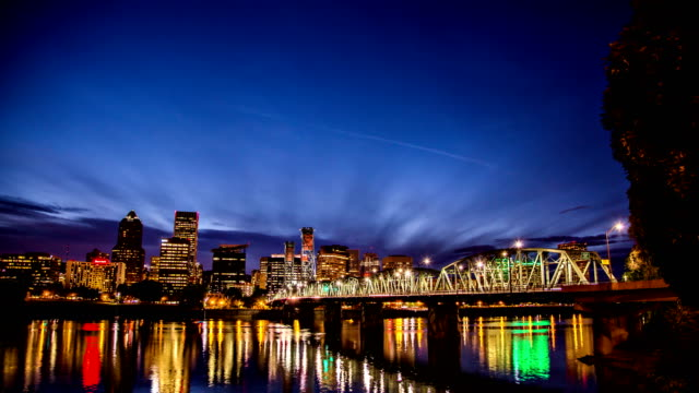 downtown portland oregon day to night time lapse - portland oregon stock videos & royalty-free footage
