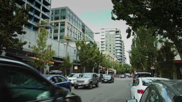 downtown portland street scene - portland oregon stock videos & royalty-free footage