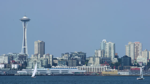 stockvideo's en b-roll-footage met downtown seattle, over de puget sound - noordelijke grote oceaan