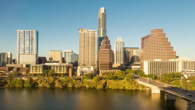 downtown stadssilhuetten i austin, texas i usa - kapitäl bildbanksvideor och videomaterial från bakom kulisserna