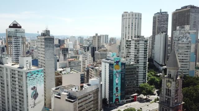 vídeos de stock, filmes e b-roll de downtown são paulo, in brazil - centro da cidade