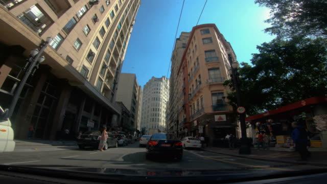 vídeos de stock, filmes e b-roll de centro da rua, são paulo - brasil - distrito financeiro