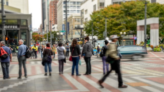stockvideo's en b-roll-footage met downtown straat seattle, timelapse - staat washington