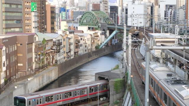 downtown tokyo - 運河点の映像素材/bロール