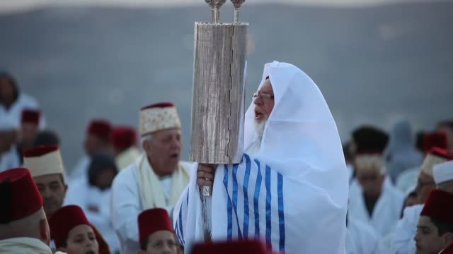 dozens of samaritans a small religious sect based in the west bank city of nablus performed their annual sukkah pilgrimage on april 25 2019 to the... - israelite stock videos & royalty-free footage