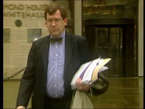 statistical report:; england: london: int 2 shot professor liam donaldson interviewed sot - we're taking new measures to look at monitoring of deaths... - durham england bildbanksvideor och videomaterial från bakom kulisserna