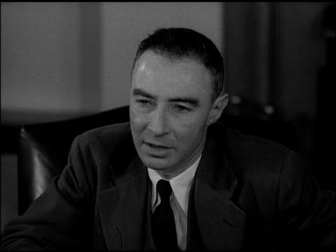 vídeos de stock e filmes b-roll de dr/ j robert oppenheimer sot saying if we have another world war civilization may go under need to understand lives of men abroad 'there is hope for... - 1947