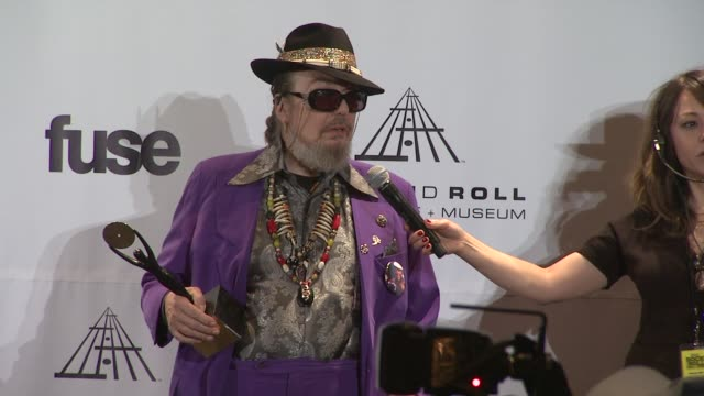dr john jokes that he gets his shoes at the pimp store at the 26th annual rock and roll hall of fame induction ceremony press room at new york ny - gender stereotypes stock videos & royalty-free footage