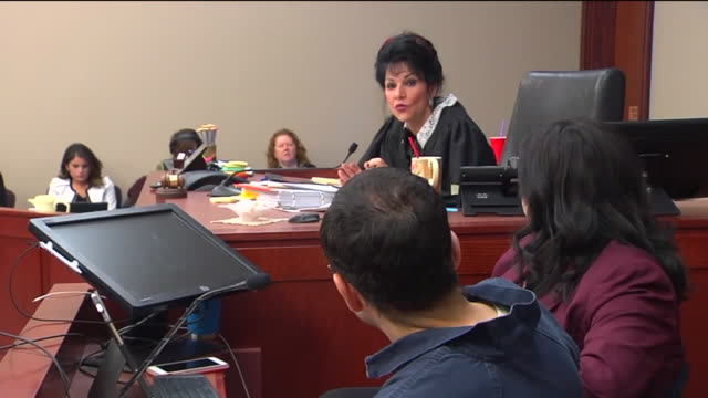 vidéos et rushes de wxmi dr larry nassar facing his third day of listening to victim's impact statements at his sentencing wrote a letter to the judge saying that he... - lansing
