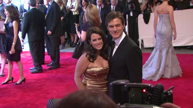 dr. oz and wife at the 'american woman: fashioning a national identity' met gala - arrivals at new york ny. - メフメト オズ点の映像素材/bロール