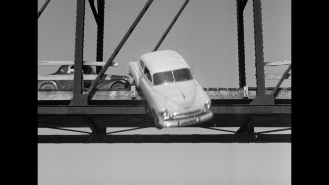 vídeos de stock, filmes e b-roll de 1962 a drag race between men and women ends tragically in car accident - acidentes e desastres