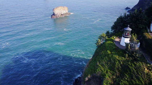 Dramatic Drone Shot of Drone Shot of Cape Meares Lighthouse and Islands, Oregon