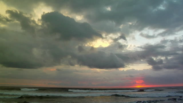 ws, dramatic sky at sunset over ocean, nosara, guanacaste, costa rica - nosara stock videos and b-roll footage