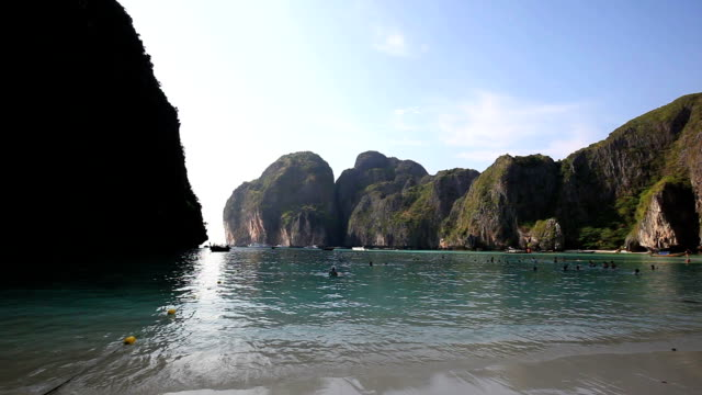 dramatic view of maya bay at phi phi islands - phi phi islands stock videos & royalty-free footage