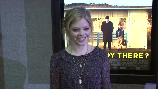 dreama walker at the 'is anybody there?' new york premiere at new york ny. - dreama walker video stock e b–roll
