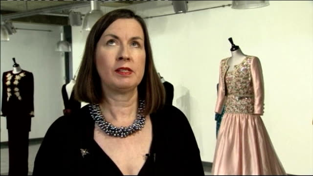 vídeos de stock, filmes e b-roll de dresses that belonged to diana princess of wales to be auctioned kelly taylor interview sot - princesa diana