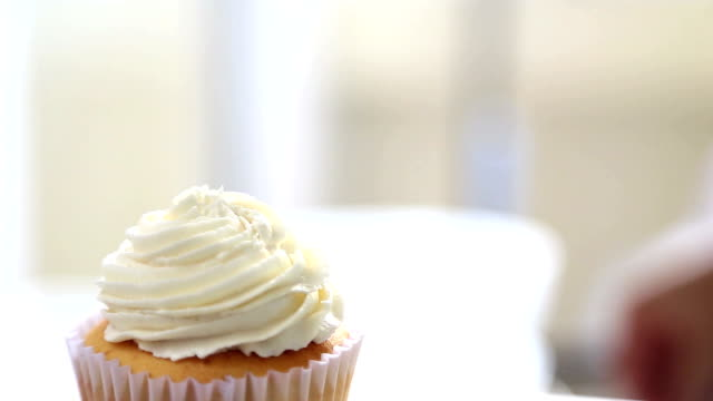 dressing cupcake - whipped food stock videos and b-roll footage