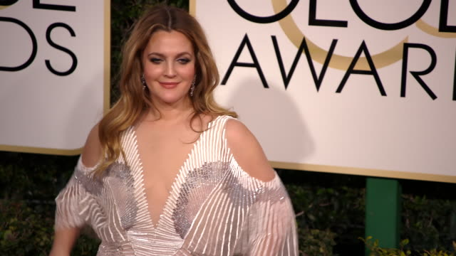 Drew Barrymore at the 74th Annual Golden Globe Awards Arrivals at The Beverly Hilton Hotel on January 08 2017 in Beverly Hills California 4K