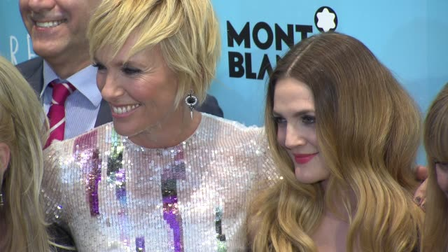 drew barrymore, toni collette, jacqueline bissett, tyson ritter, catherine hardwicke, morwenna banks, trudie styler, celine rattray and guests at... - trudie styler stock-videos und b-roll-filmmaterial