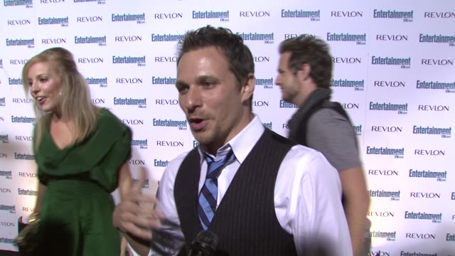 drew lachey at the entertainment weekly 6th annual pre-emmy party at los angeles ca. - エミー賞前夜祭パーティー点の映像素材/bロール