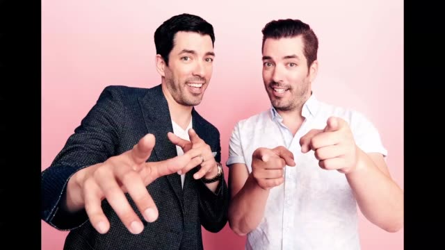 Drew Scott and Jonathan Scott from the Real Estate Renovations and Sibling Connections poses for a gif at The Beverly Hilton Hotel on July 25 2018 in...