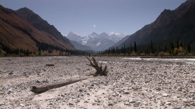 dried river bed in xinjiang, china - dry stock videos & royalty-free footage