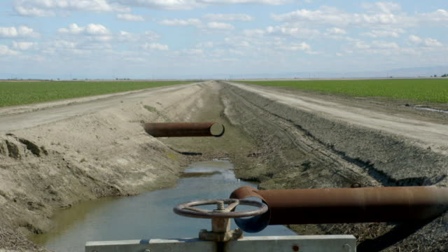 dried up waterways and fields in central valley - dry stock videos & royalty-free footage