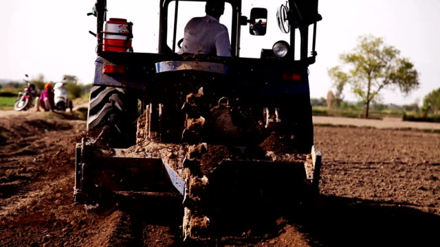 drill using tractor & machine in the field - pipeline stock videos and b-roll footage