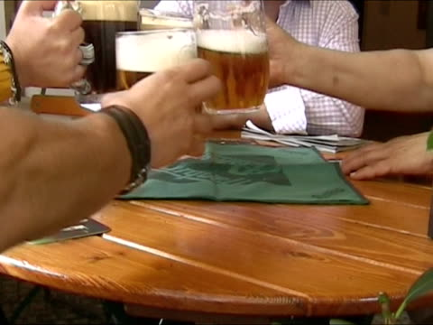 Drinking beer: Prost!