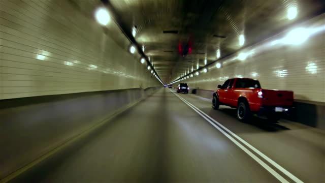 stockvideo's en b-roll-footage met drive along the tunnel - passeren