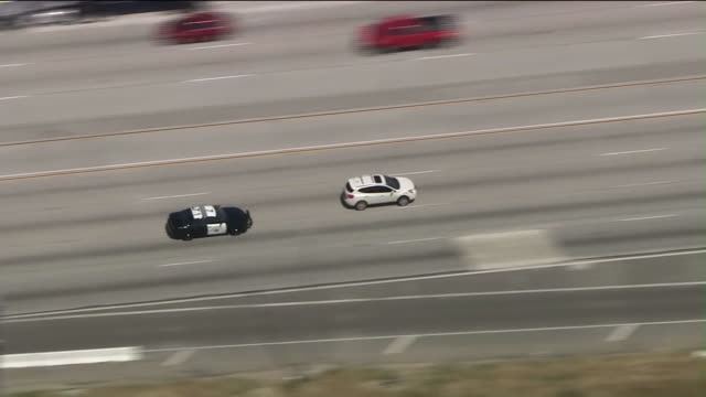 ktla a driver was taken into custody after a wild hourlong pursuit that began with an alleged roadrage incident in san gabriel and spanned multiple... - pursuit concept video stock e b–roll