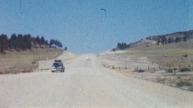 guida in america (archiviato 1950 - anno 1950 video stock e b–roll