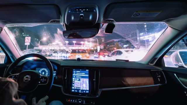 t/l ws pov driving at night / beijing, china - esposizione lunga video stock e b–roll