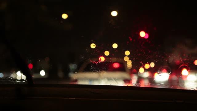 Condução à noite