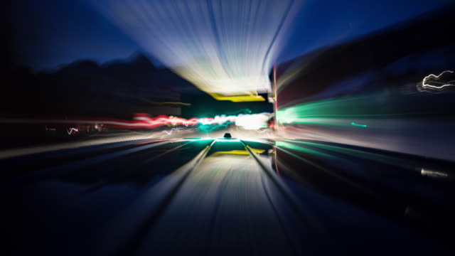vídeos y material grabado en eventos de stock de pov - driving car - on board long exposure time lapse - part 2-1: early morning - roof of the car in frame - velocidad