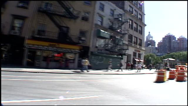 pov of driving down broadway to union square - 2001 stock videos & royalty-free footage