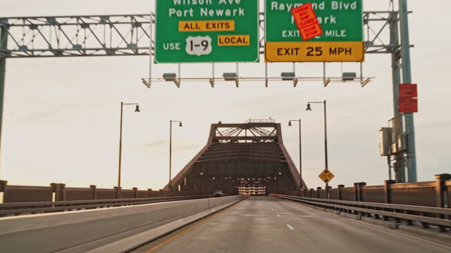 driving general pulaski skyway bridge in new jersey. driver point of view. - new jersey stock videos & royalty-free footage