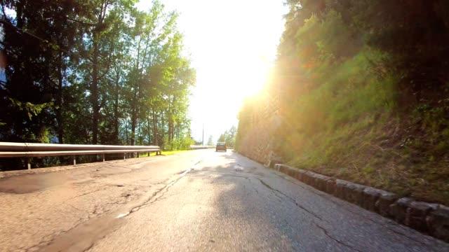 stockvideo's en b-roll-footage met rijden in zuid-tirol - zuid