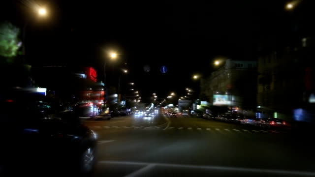 driving in the city - beckoning stock videos & royalty-free footage