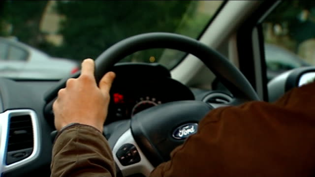 new report backs raising minimum driving age to 18 sophie morgan interview sot various of rhys prestonallen driving car during driving lesson with... - new age stock videos & royalty-free footage