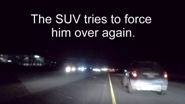 driving on a multi lane highway can be a risky venture. somebody is always trying to get ahead of the other vehicles, even if it means causing an... - other点の映像素材/bロール