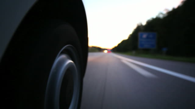 pov driving on highway at blue hour - abenddämmerung stock videos & royalty-free footage