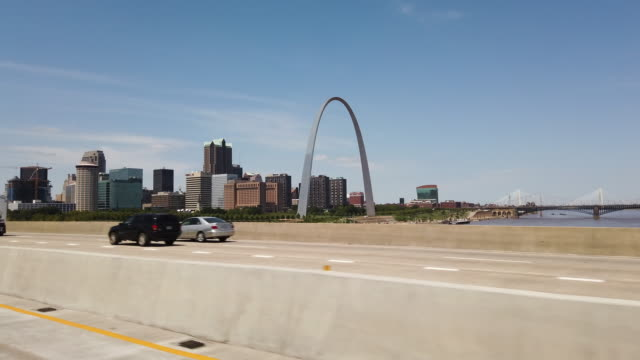driving on highway in st. louis, missouri, usa - gateway arch st. louis stock videos & royalty-free footage