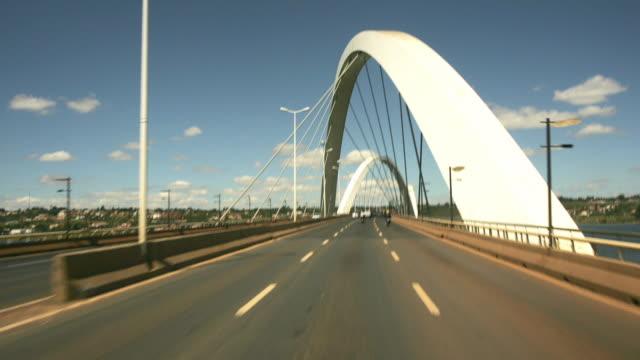 t/l, pov, driving on juscelino kubitschek bridge, brasilia, brazil - infinity stock videos & royalty-free footage